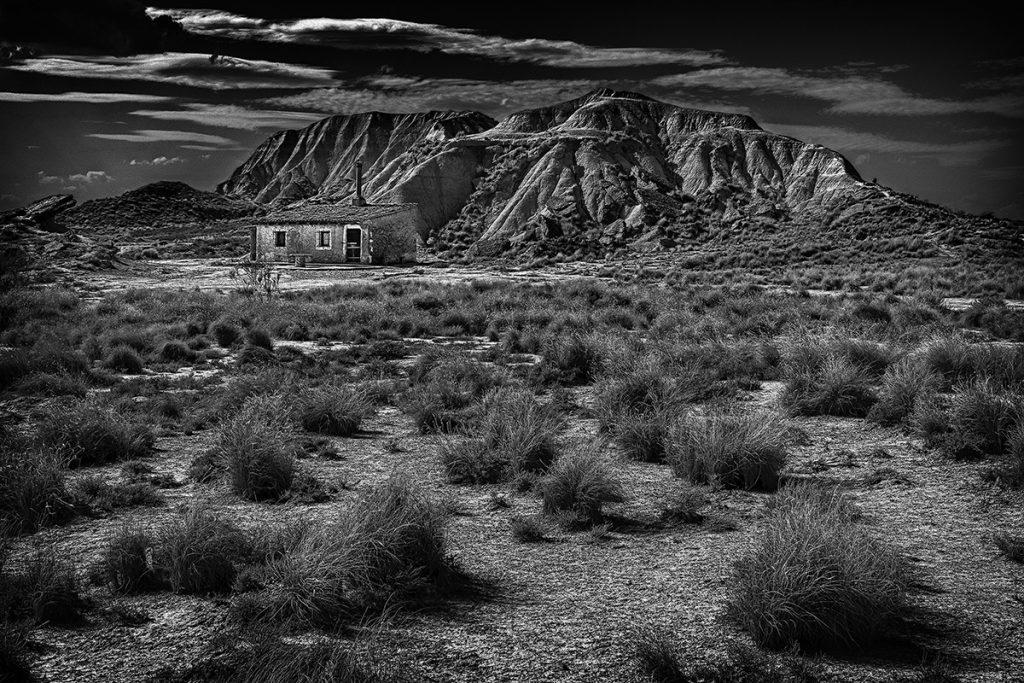 Tercer Premio - 'Una casa en el desierto' de Ángel Benito Zapata